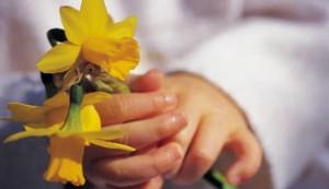 bristol-blog-photo-child-with-flower